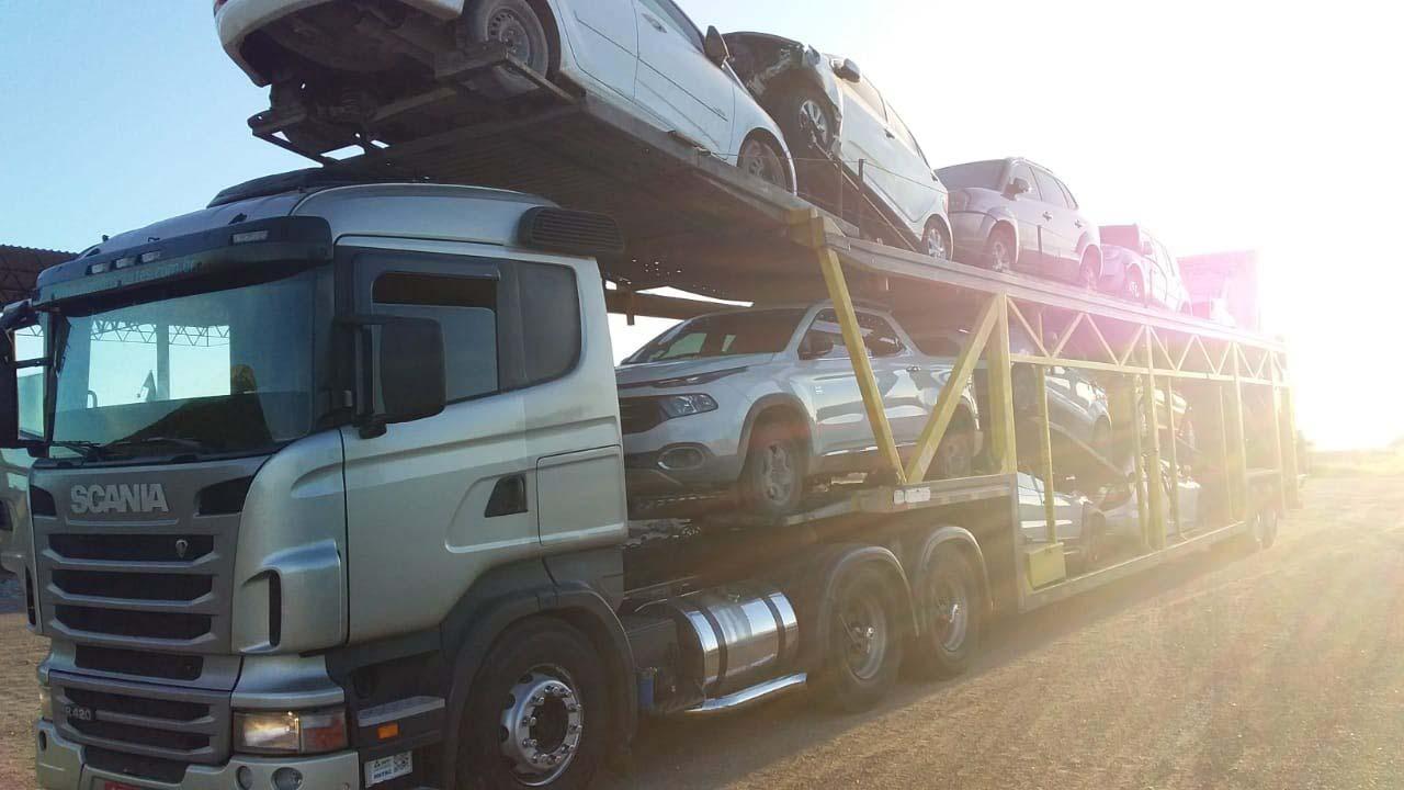 Empresa de transporte de automóveis
