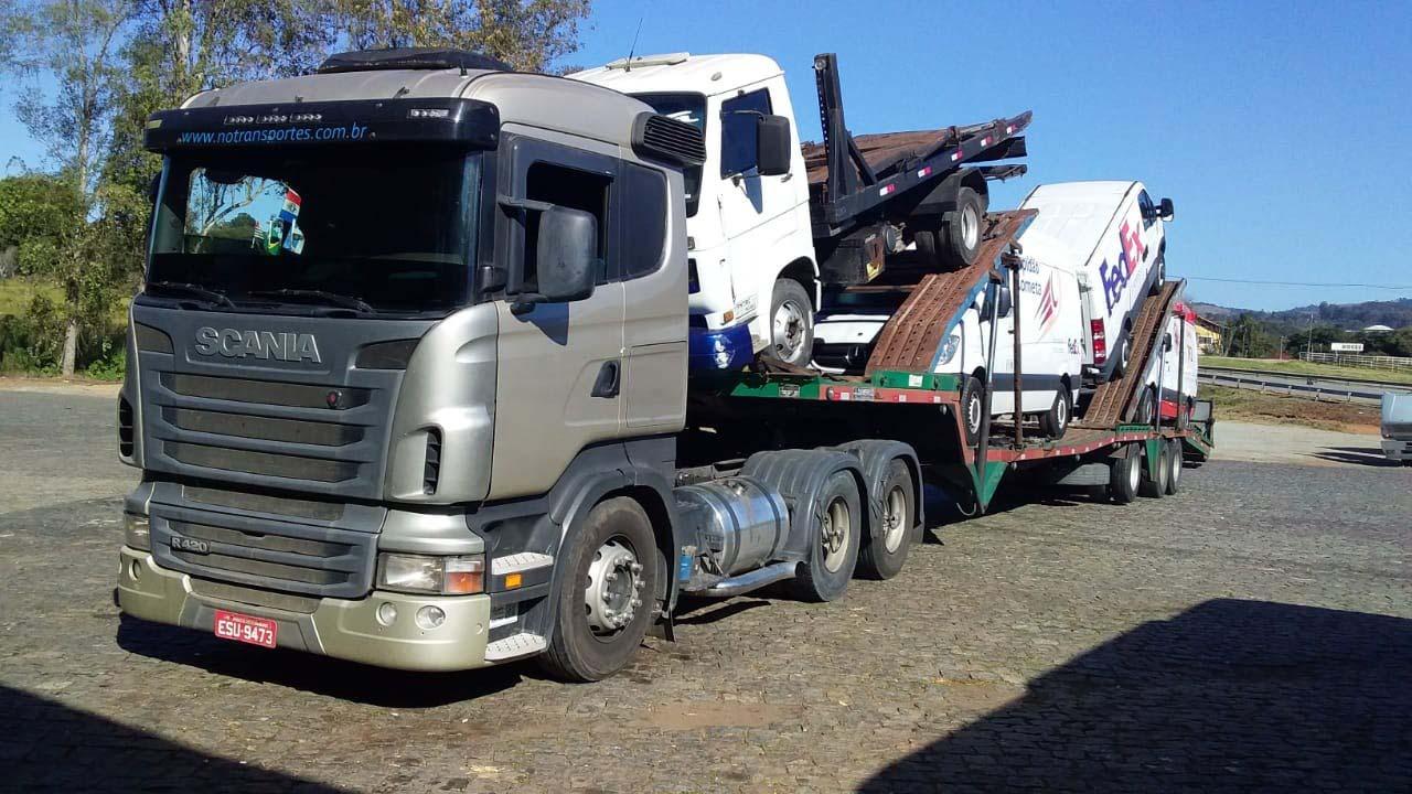 Transporte caminhão