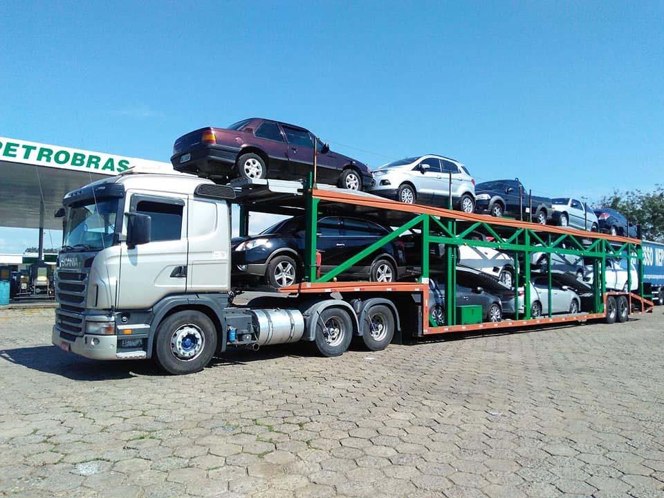 Transporte de carros para o nordeste