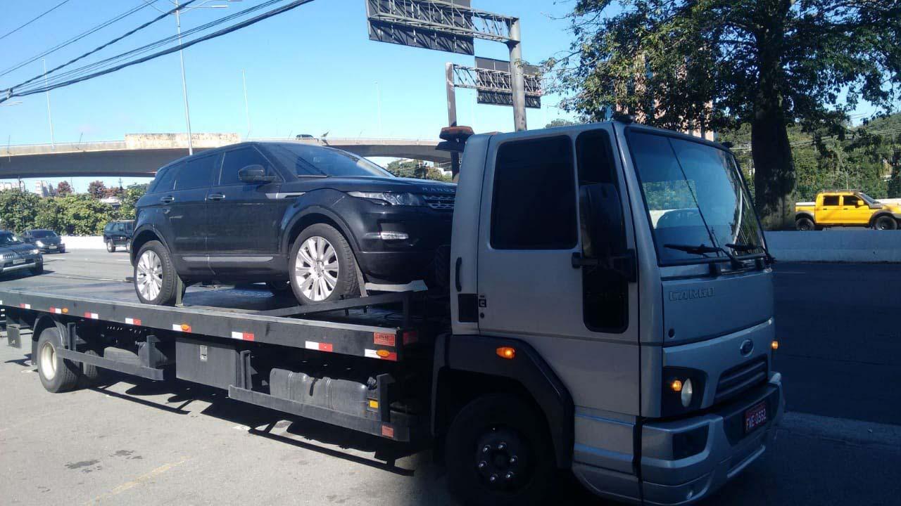 Transporte de veículos importados